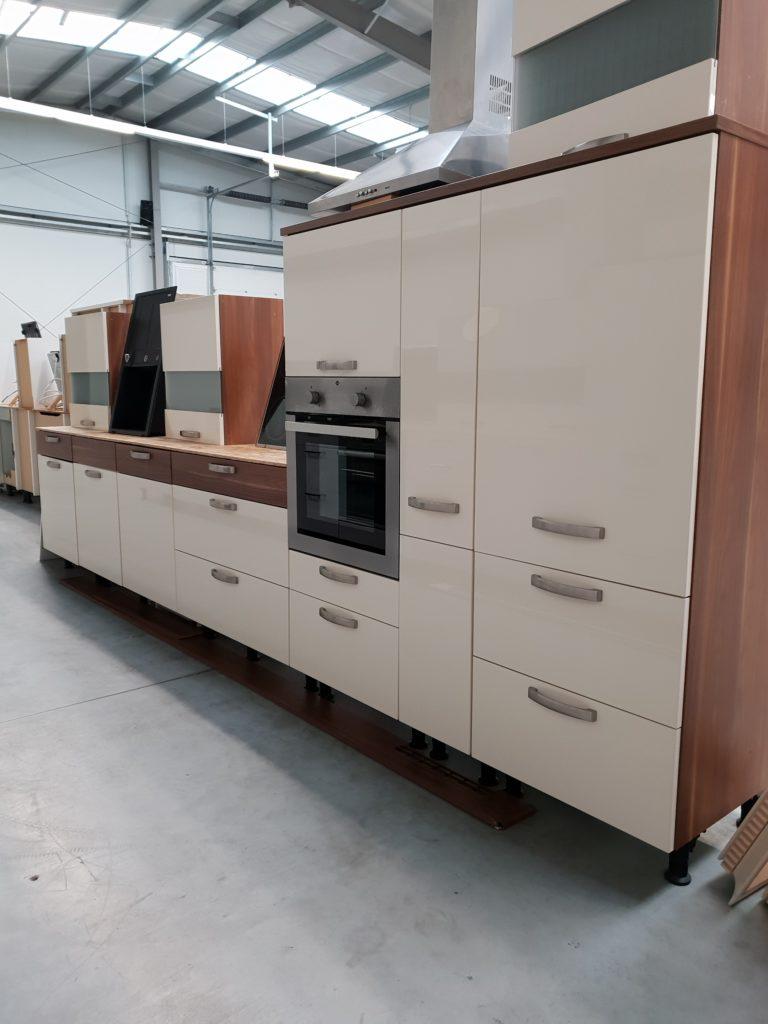 Gebrauchte Küchen günstig kaufen auf - Küchen Halle Pfalz